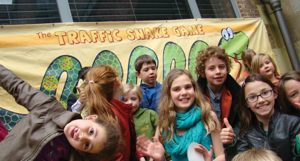 175.000 kinderen duurzamer naar school met Traffic Snake Game