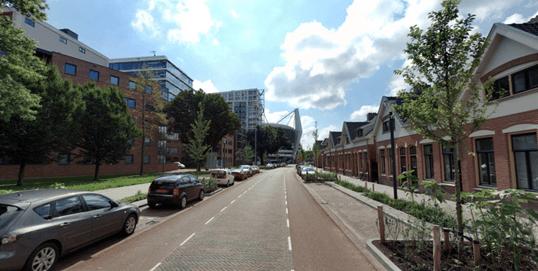 Erftoegangsweg met fietsmarkering