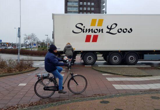 Hellevoetsluis maakt fietsoversteken veiliger