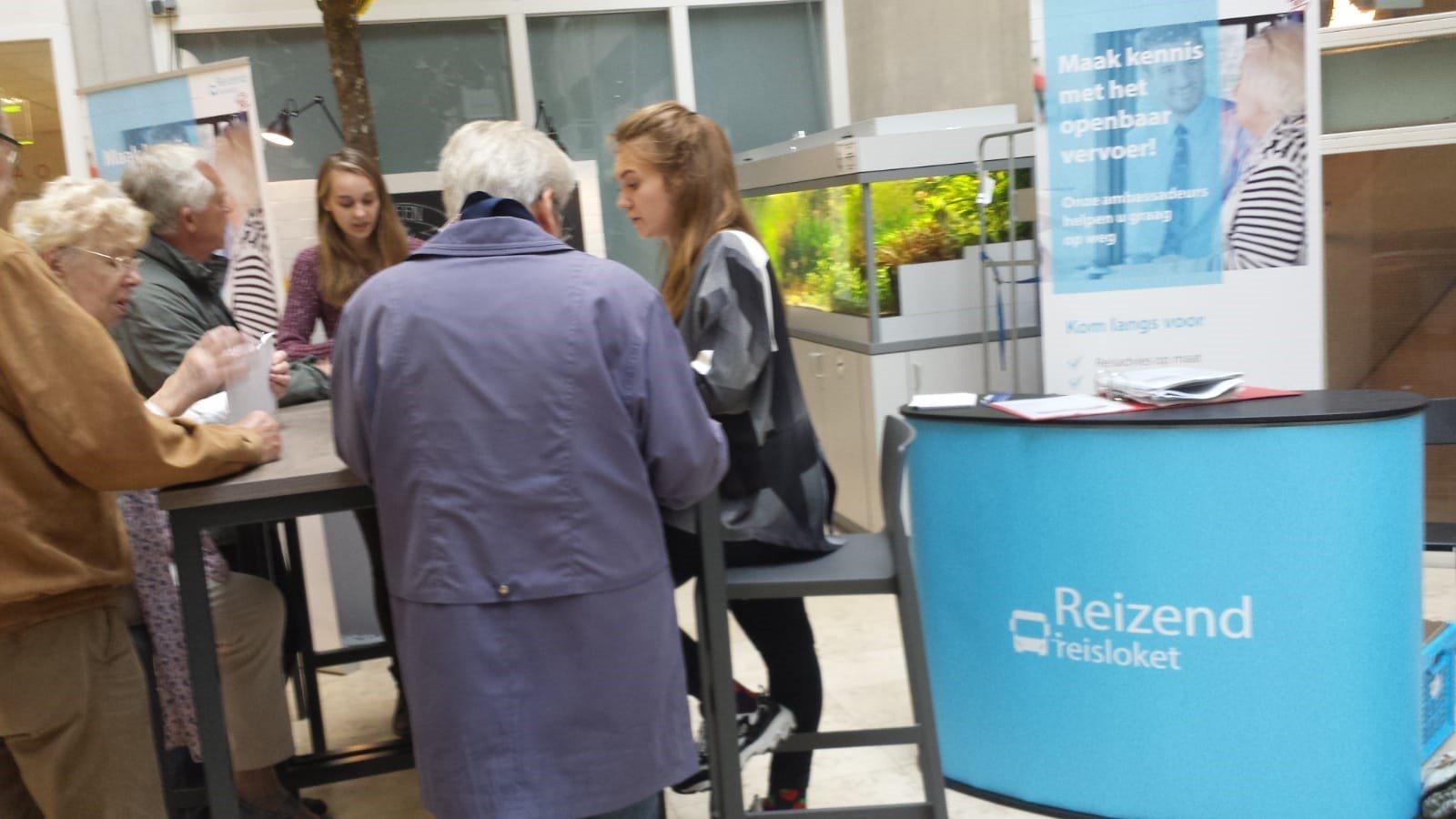 Met het Reisloket overtuigt u senioren het ov te gebruiken