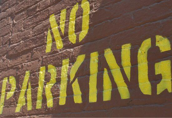 Parkeren; gereguleerd parkeren en wetgeving