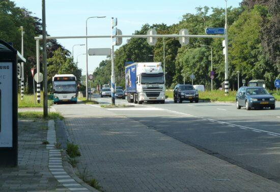 Proef touringcars op busbanen N44