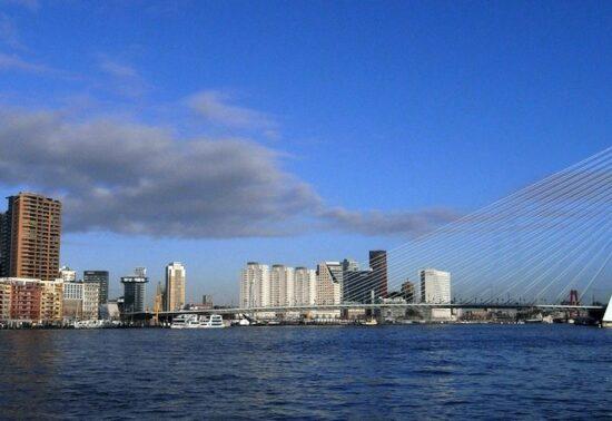 Rotterdam vraagt inwoners mee te denken over anderhalvemeter samenleving