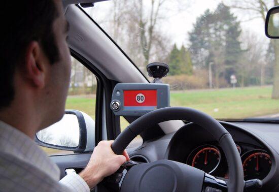 Monitoring en evaluatie van het snelheidsslot en de snelheidsmonitor