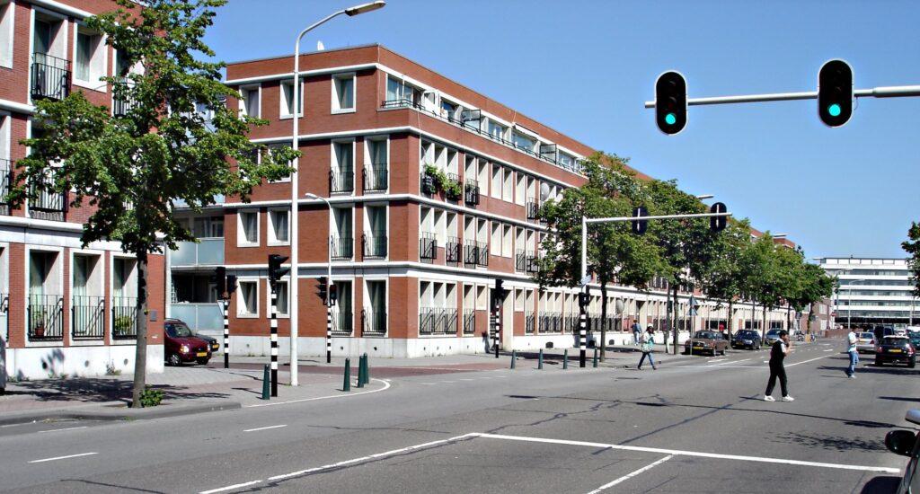 Verkeersstudie: met welke maatregelen kunnen de doorstroming en verkeersveiligheid op de Vaillantlaan worden verbeterd?