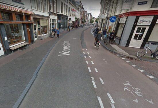 Herinrichting Voorstraat en Witte Vrouwenstraat in Utrecht. Klinkers of asfalt als ondergrond?