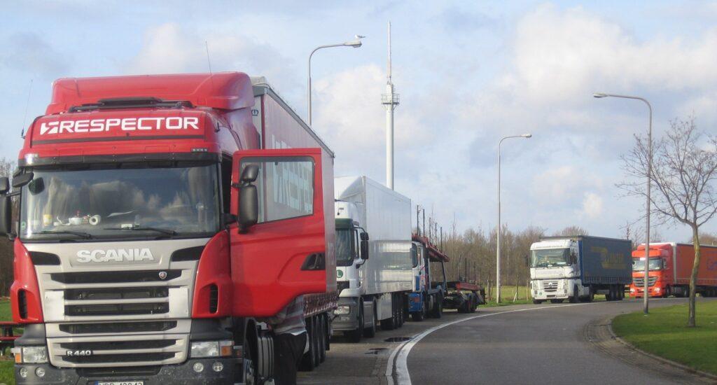 Vrachtautoparkeren in kaart gebracht